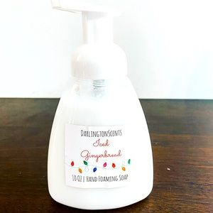 Iced gingerbread foaming hand soap